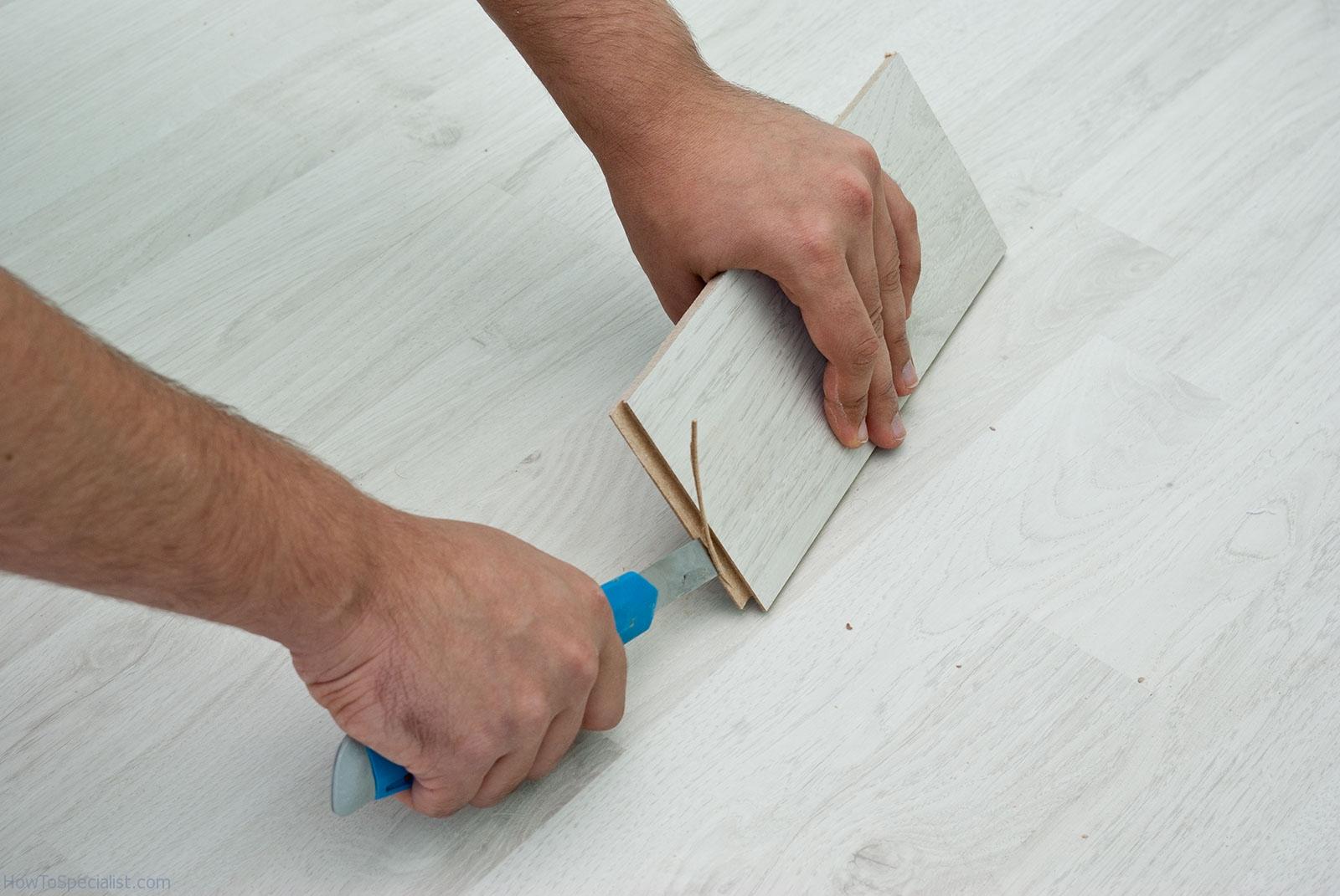 Best way to cut vinyl floor tiles