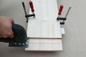 Setup for cutting wood boards