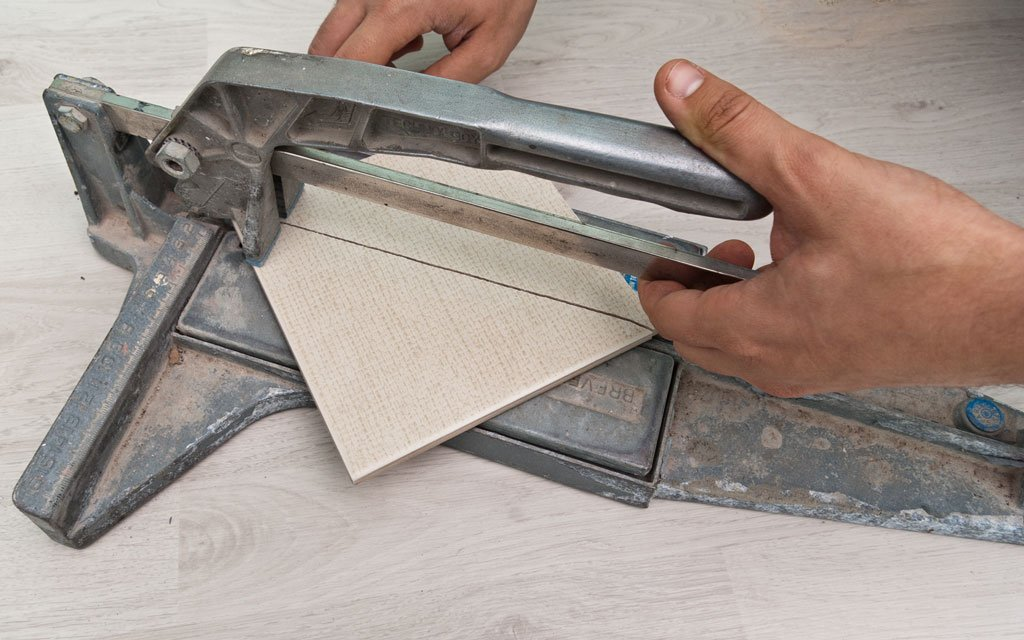 Ceramic Tile Cutter ~ How to cut ceramic tile howtospecialist build