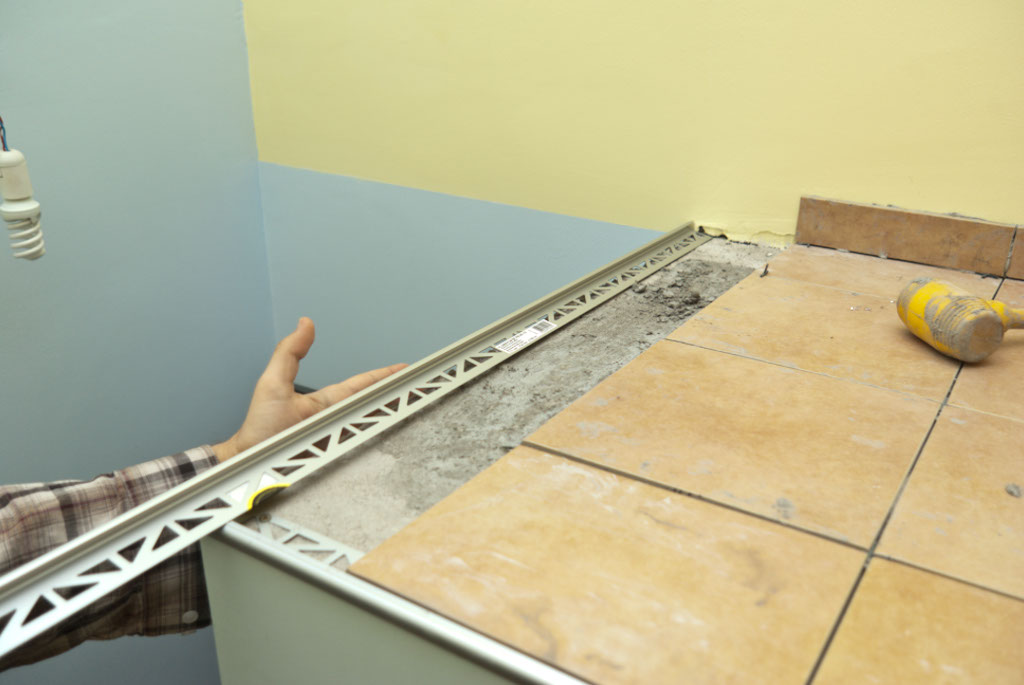 Tile edging ceramic
