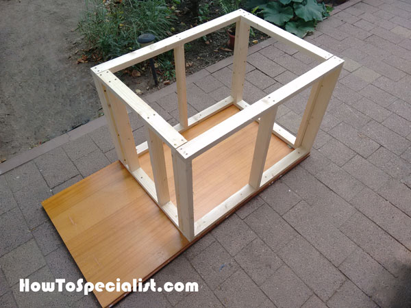 How to build an insulated dog house howtospecialist for Insulated double dog house
