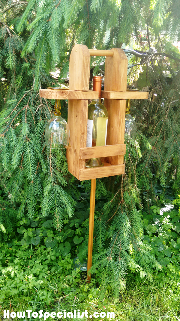 How-to-build-an-outdoor-wood-wine-caddy