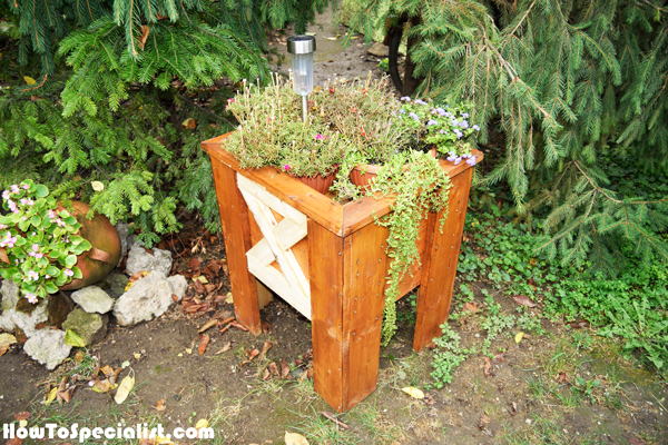 building-a-wood-planter-box