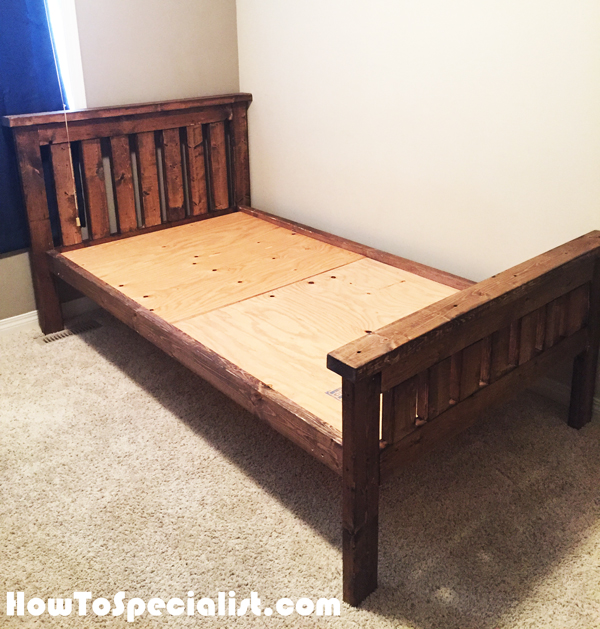 Diy 2x4 farmhouse bed howtospecialist how to build for Farmhouse bed plans