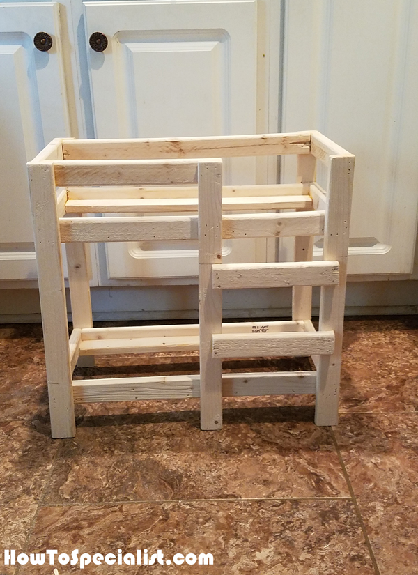 Building-a-doll-bed