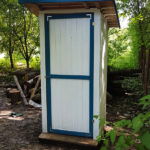 How-to-build-an-outhouse