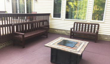 DIY-2x4-Patio-Bench