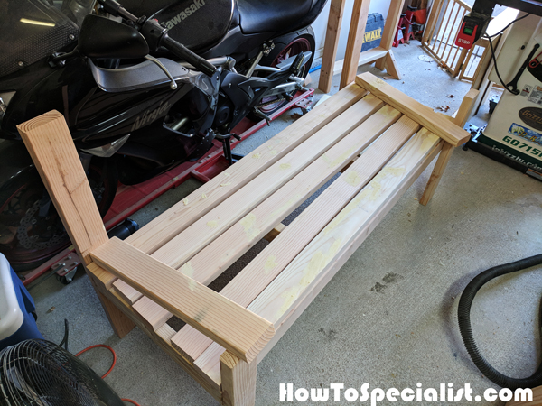 Building-a-2x4-bench
