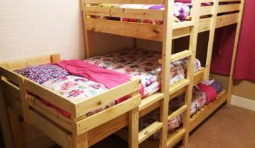 DIY-Triple-Bunk-Bed