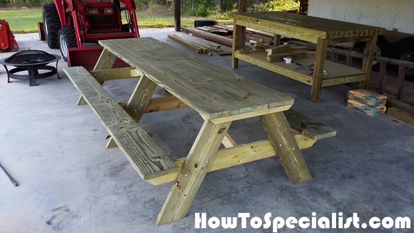DIY-Large-Picnic-Table