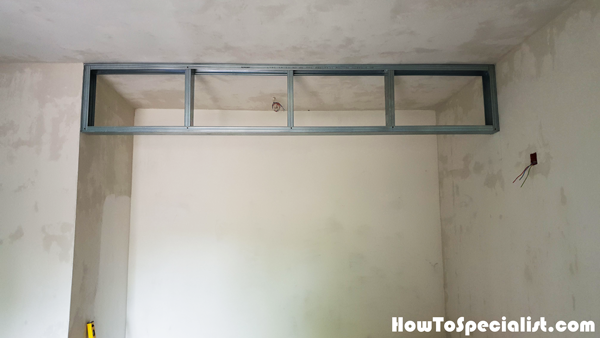 Metal-stud-wall-partition-frame
