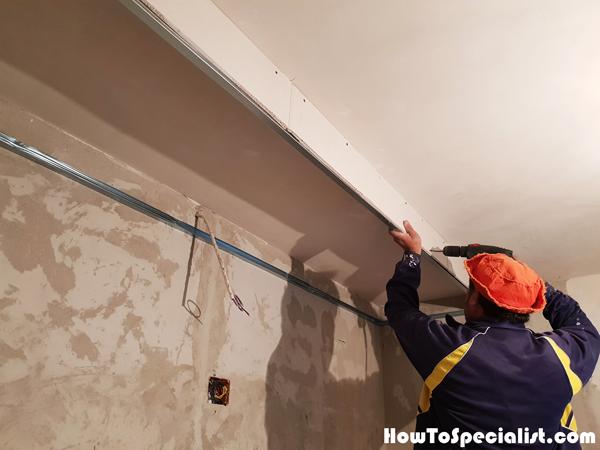 Building-a-soffit-ceiling-box