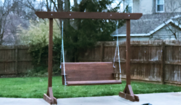 DIY-Swing-Stand-with-Bench