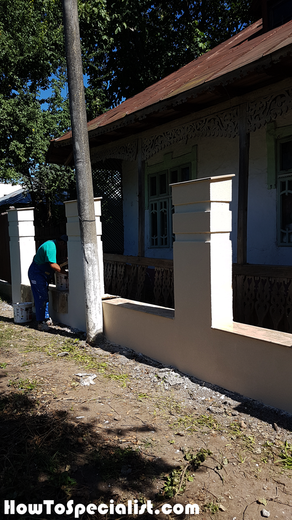 Applying-the-decorative-paint---Concrete-Fence
