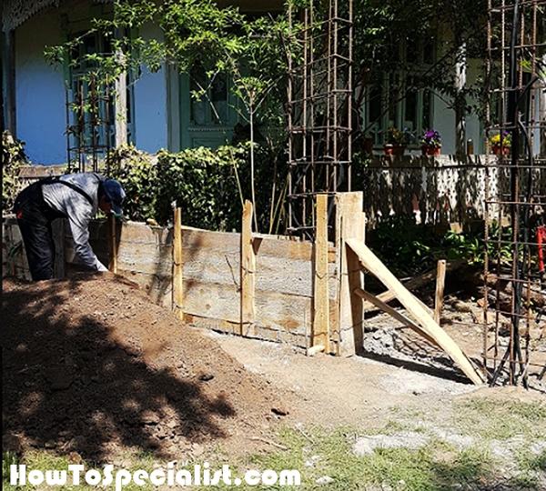 Concrete-fence-formwork