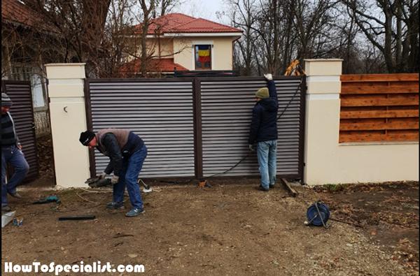 Installing-the-metal-gates